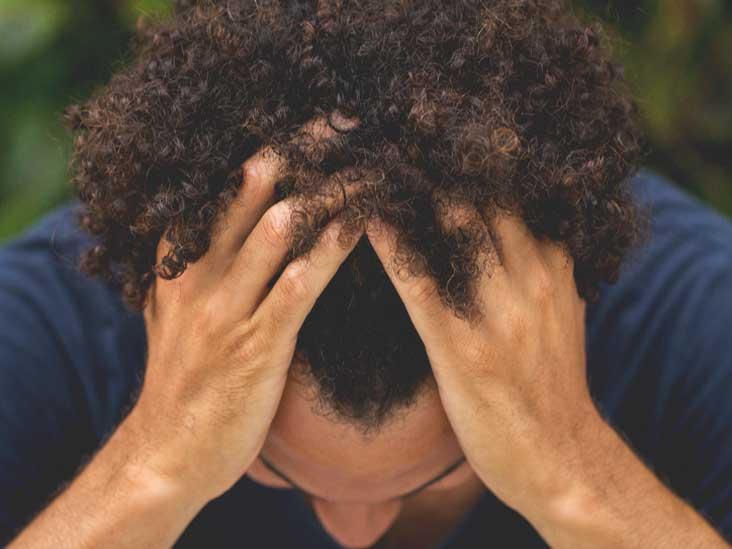 دلایل شایع ریزش مو به همراه راهنمای پیشگیری