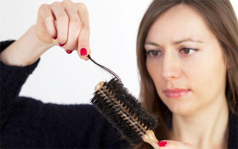 درمان های مناسب علیه ریزش مو