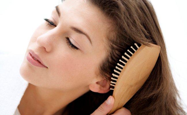روش های داشتن موهای زیباتر و شاداب تر