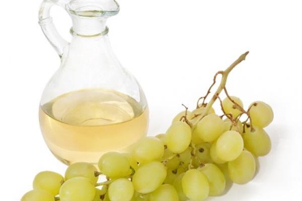 فواید و مزیت های انگور برای تقویت مو
