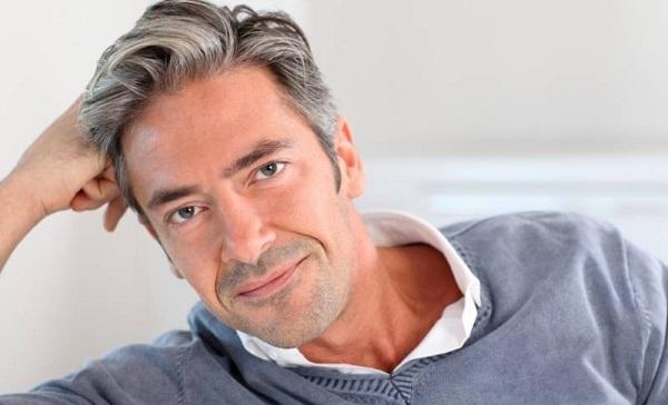 علت زود سفید شدن موها جلوگیری و درمان آن